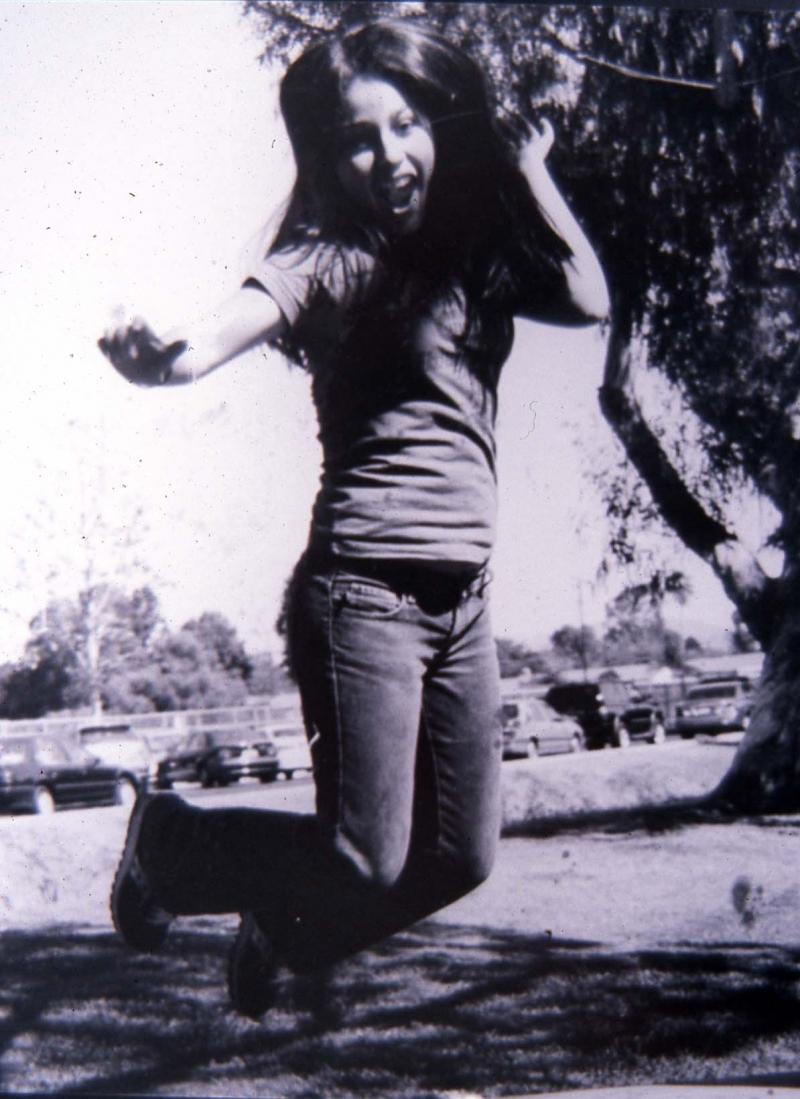 jumpinggirl